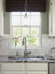 Arabesque kitchen backsplash tile
