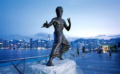 Avenue of Stars Hong Kong Bruce Lee, The Places Youll Go, Cool Places To Visit, Festivals, Hong Kong Travel Tips, Hongkong, Star Wars, Star Pictures, Statues