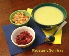 Sopa de col con aroma de beicon y ajo http://recetasysonrisas.blogspot.com.es/2013_10_01_archive.html # cabbage #food #récipe #beicon #garlic