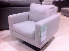 Iskun valmistama Cubio-nojatuoli, myymälän malli 800€ (1765€)