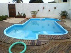 piscinas com deck de madeira - Pesquisa Google