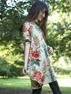 Women Pretty Floral Print Asymmetry Hem Long Sleeve Loose Dress