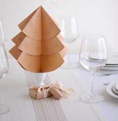 Tisch Deko festlich Papier Weihnachtsbaum