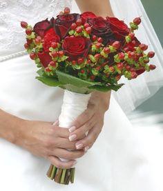 a christmas wedding bouquet for a christmas wedding wedding flowers ideas bridal bouquets Bridesmaid Flowers, Bride Bouquets, Bride Dresses, Christmas Wedding Bouquets, Red Rose Wedding, Red Rose Bouquet, Beautiful Flower Arrangements, Marie, Wedding Inspiration