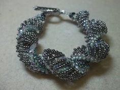 ▶ Expanding Curves Bracelet - #Seed #Bead #Tutorials