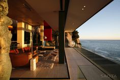 Victoria 73 House / SAOTA   Bantry Bay, Cape Town