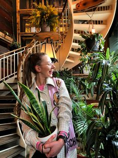#houseofsmallwonder #berlin #plants #photography #nature #smiley #girl #style #fashion Girl Style, Smiley, Style Fashion, Berlin, Nature, Plants, Photography, Naturaleza, Photograph