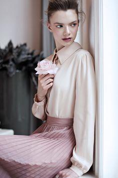 Ruffle Blouse, Model, Tops, Fashion, Moda, Fashion Styles, Scale Model, Fashion Illustrations