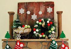 Some Pretty Ways to Decorate Your Fireplace in Christmas - http://www.buckeyestateblog.com/some-pretty-ways-to-decorate-your-fireplace-in-christmas/?utm_source=PN&utm_medium=pinterest+flags&utm_campaign=SNAP%2Bfrom%2BBuckeyestateblog