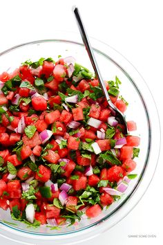 Watermelon recipes: Add some serious spice to your melon with this Watermelon Salsa recipe from Gimme Some Oven. Watermelon Hacks, Watermelon Salsa, Watermelon Salad Recipes, Spicy Recipes, Cooking Recipes, Healthy Recipes, Vegetarian Recipes, Dishes Recipes, Kraft Recipes