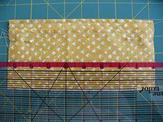 Cute wallet, but interesting technique Wallet Sewing Pattern, Easy Sewing Patterns, Bag Patterns To Sew, Easy Sewing Projects, Sewing Hacks, Sewing Crafts, Sew Wallet, Wallet Tutorial, Patchwork Bags