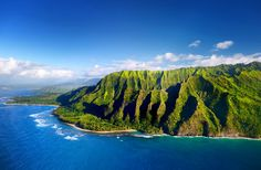 Catch the Views at Waimea Canyon - 40 Ultimate Things to Do in Hawaii | Fodor's Travel