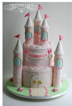 Princess castle cake / Bolo de castelo de princesas