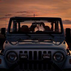 Love and a JEEP! Jeep Engagement photo idea - #JeepDreamsUSA