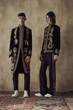 Alexander McQueen Spring 2017 Menswear Collection Photos - Vogue #alexandermcqueenmenswear #MensFashionWork