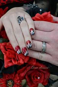 Love the red - Nail Design