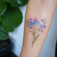 Forget Me Not Alzheimer's Flower Tatoo. Alzheimer's Memorial Tattoo For Mom Forget Me Not, Butterfly, Forget Me Not Flower & Alzheimers Ribbon In Dad Tattoos, Future Tattoos, Body Art Tattoos, Cool Tattoos, Tatoos, Small Flower Tattoos, Small Tattoos, Alzheimer Tattoo, Tattoos Pinterest