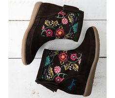 Indy Ethnic Romantic 57TS7C2 Brown Flats, Brown Ankle Boots, Fall Shoes, Fall Winter 2015, Indie, Shoes Sandals, 21st, Romantic, Collection