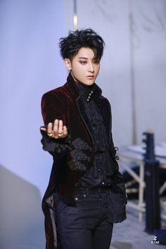 Bts Vs Exo, Tao Exo, Kyungsoo, Chanyeol, Huang Zi Tao, Prince, Vash, Qingdao, Exo Members