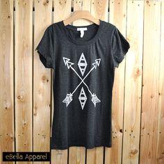 Tribal Arrow Cross - Women's Basic Grey Short Sleeve T-Shirt, Graphic Print