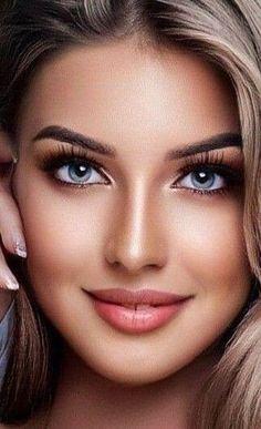 Beautiful Women Pictures, Beautiful Girl Image, Gorgeous Women, Beautiful Eye Makeup, The Most Beautiful Girl, Woman With Blue Eyes, Brunette Beauty, Pretty Eyes, Beauty Full Girl
