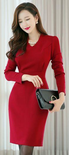 StyleOnme_V-Neck Long Sleeve Dress #red #elegant #chic #formal #feminine #dress #koreanfashion #falltrend #pretty #kstyle