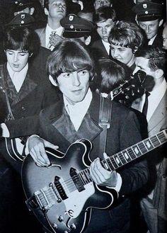 George Harrison and Paul McCartney, Essen, Germany, 1966 - The Beatles