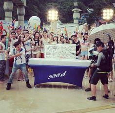 G-Dragon @ Ocean World for Hite Jinro's Water Fight Event (140704) [PHOTOS/VIDEOS] - bigbangupdates