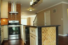 Kitchens - traditional - kitchen - chicago - Worthy Builders,Inc