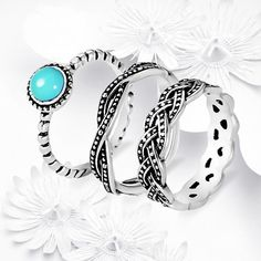 VINTAGE LOOK BANDS (Turquoise Braided) Just released design! Beautiful antique silver plated semi precious turquoise and braided detail trend rings set is designed to look vintage. I appreciate your offers, no lowballing please. Boho Jewelry, Wedding Jewelry, Silver Jewelry, Vintage Jewelry, Jewelry Rings, Craft Jewelry, Boho Rings, Diamond Jewelry, Jewelry Box