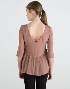 MID-SLEEVED BLOUSE WITH FLOUNCE - NEW PRODUCTS - NEW PRODUCTS - PULL&BEAR Sweden