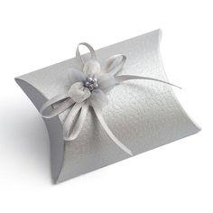 10 Small Silver Pelle Gift Boxes / Wedding Favor por PulpandTwine
