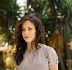 mary louise parker make up colors Mary Louise Parker, Nancy Botwin, Long Curly Haircuts, Lolita Hair, Famous Women, Hair Today, Girl Crushes, Hair Goals, Amazing Women