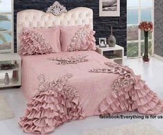 home accessory dusty pink ruffle bedding bedroom Home Interior, Interior Design Living Room, Pink Bed Linen, Pink Home Accessories, Rideaux Design, Pink Bedrooms, Bed Sets, Little Girl Rooms, My New Room