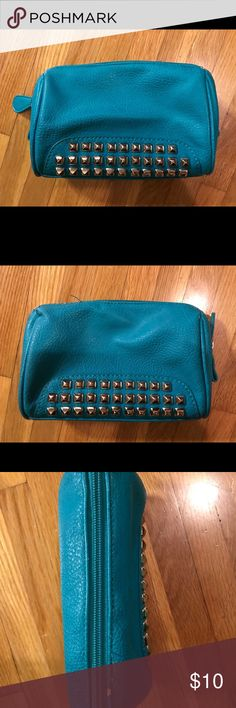 studded leather makeup cosmetics case bag pouch Super cute teal blue faux vegan leather makeup cosmetics pouch case   Rubs to edges as shown , could be touched up with a paint pen  Otherwise still nice  Interior is clean  Please ask questions before buying  All items video taped before shipping unknown Bags Cosmetic Bags & Cases
