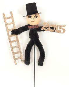 schornsteinfeger-stecker_schritt5 Diy Home Crafts, Crafts For Kids, Pipe Cleaner Crafts, Chimney Sweep, Xmas, Christmas Ornaments, Nouvel An, Craft Tutorials, New Years Eve