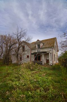 Abandoned Alberta home by brakes4bunnies