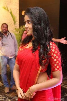 Anupama Parameswaran Red Saree Stills Photos Red Saree, Saree Look, Sari, Hot Actresses, Indian Actresses, Anupama Parameswaran, Elegant Girl, Beauty Full Girl, Beautiful Indian Actress