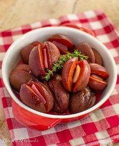 10 rețete cu dovleac pe care să le faci toamna aceasta | Bucate Aromate Pretzel Bites, Sausage, Bread, Food, Canning, Banana, Pie, Meal, Sausages