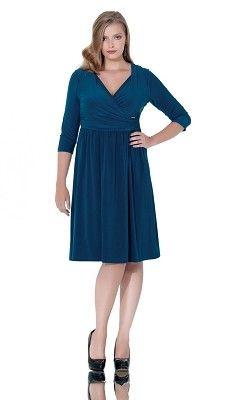 Elegant Plus Size Dress for the office and beyond! #plussize #plussizefashion #plussizebusinesswear #PlusSize #plussizemodels #plussizeblogger #plussizeclothing #curves #plussizeshop #plussizeboutique #plussizeclothes #plussizeblonde