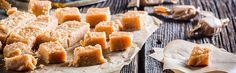 Suikervrije fudge van creamcheese en pindakaas - Sukrin.nl #glutenvrij #suikervrij #fitgirl #fitspiration #foodie #foodfotography #sugarfree #coaliakie #glutenfree #recipe #recept #sukrin #sukrin gold #foodspiration #fmoothie #ontbijt #snack #pancakes #pannenkoeken #fudge