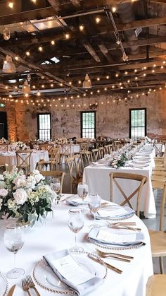 table de mariage , #mariage #table Wedding Goals, Wedding Planning, Wedding Ideas, Wedding Photos, Barn Wedding Inspiration, Wedding Rings, Wedding Flowers, Perfect Wedding, Dream Wedding