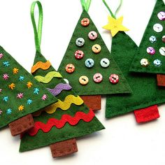 Diy Felt Christmas ornaments New Felt Christmas Tree ornaments Diy What A Fun Way to Use Your Christmas Sewing, Christmas Crafts For Kids, Homemade Christmas, Christmas Projects, Holiday Crafts, Christmas Diy, Simple Christmas, Felt Crafts Kids, Hallmark Christmas
