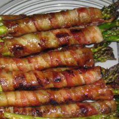 2 lb fresh asparagus, ends trimmed 12 slice bacon, uncooked 1/2 c light brown sugar 1/2 c butter 1 Tbsp soy sauce 1/2 tsp garlic ...