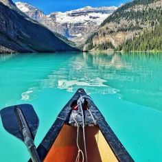 Canoing Lake Louise, Canada (324 pieces)