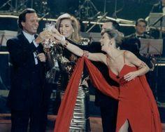 Con Julio Iglesias y Norma Duval. Gala NicheVieja. TVE