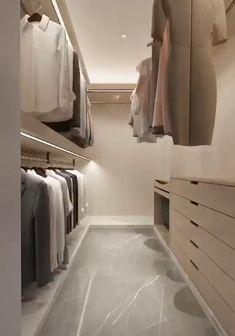Wardrobe Room, Wardrobe Design Bedroom, Room Design Bedroom, Master Bedroom Closet, Home Room Design, Home Interior Design, Small Master Closet, Bedroom Closets, Bedroom Ideas