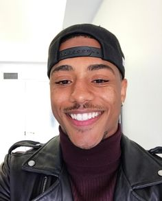 18 Photos Of Keith Powers That Prove Eyegasms Are A Thing