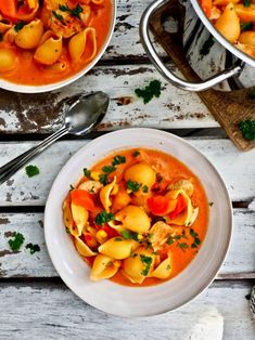 Thai Red Curry, Food And Drink, Yummy Food, Pasta, Ethnic Recipes, Drinks, Drinking, Beverages, Delicious Food