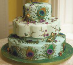 Green peacock wedding cake